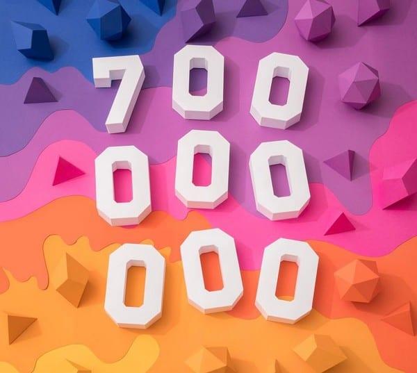 Instagram chega a 700 milhões de usuários ativos mensais