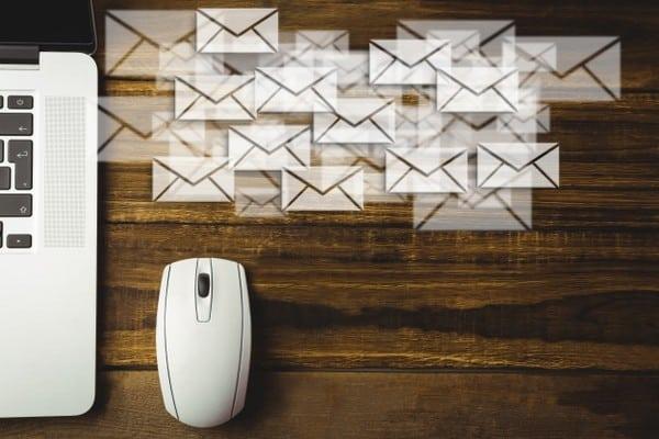 A sua lista de e-mails