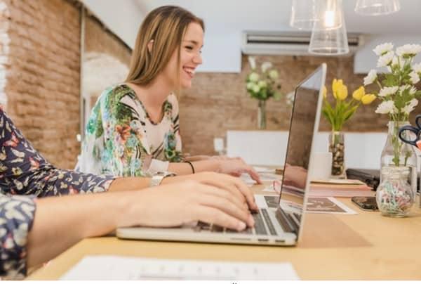 Um blog é uma forma de interagir com os seus clientes