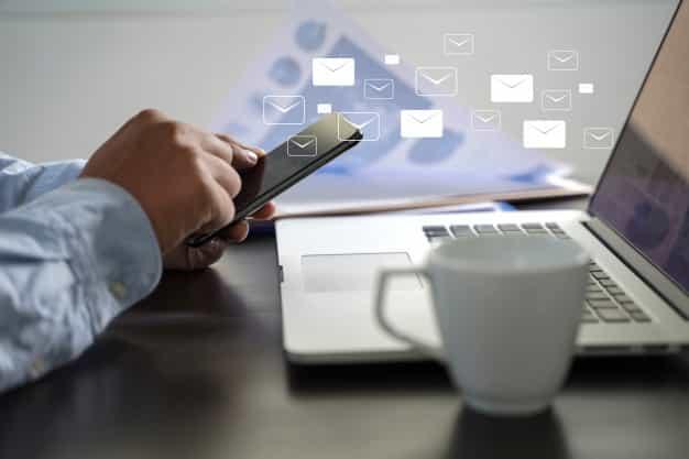 E-mails transacionais são e-mails que são enviados automaticamente assim que o cliente realiza uma determinada ação